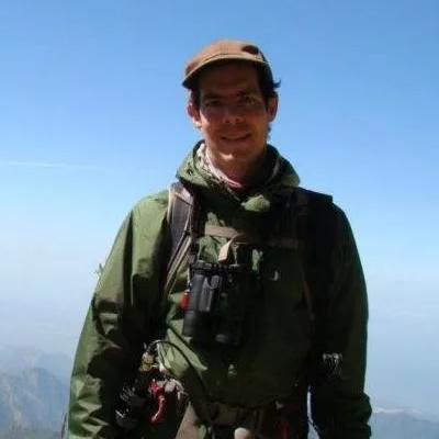birding guide paulo pulgarin, expert in birds